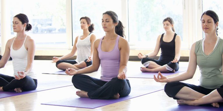 o WOMEN YOGA CLASS facebook 765x383 - Yoga Journal LIVE! & Conference